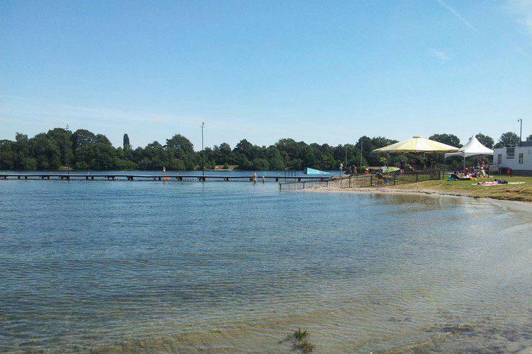 Wakeboarden of waterskiën bij De Rooye plas?